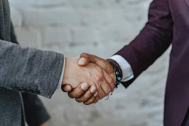 وکیل قرارداد و شراکت