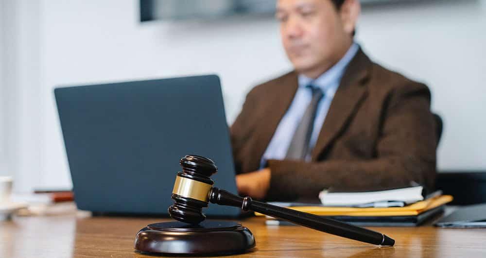 وظایفی که وکیل قرارداد بر عهده دارد